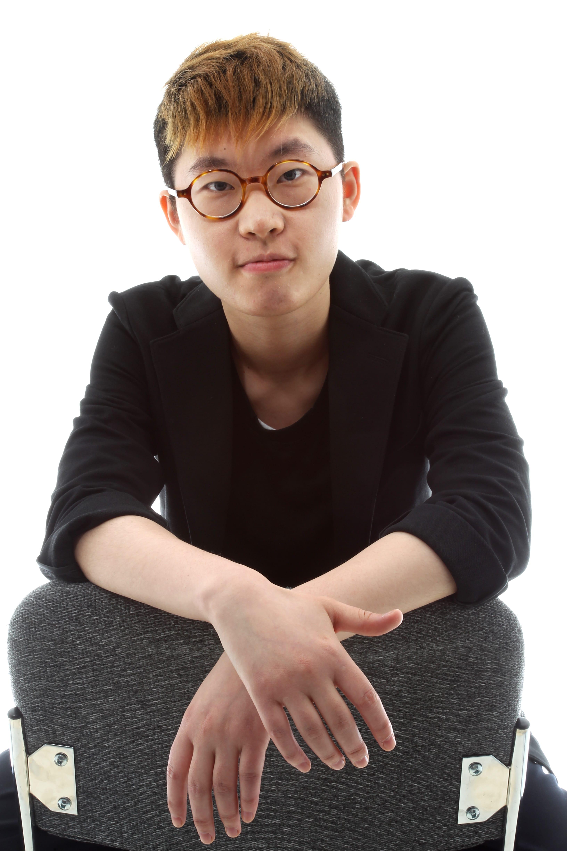 Ruo Yen; Photo by Bob Toy