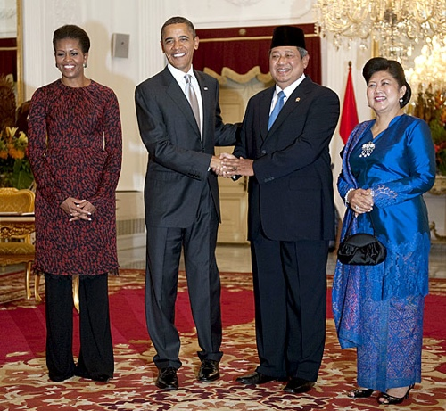 Meeting with Indonesian President, Susilo Bambang Yudhoyono and the First Lady Ani Yudhoyono