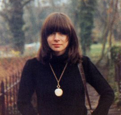 Anna Wintour in her semi-emo days