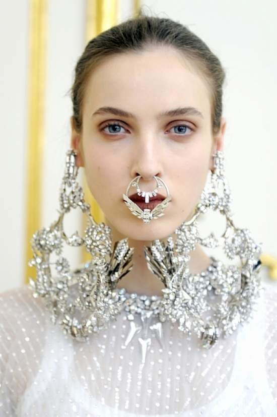 Givenchy S/S 2012 Couture