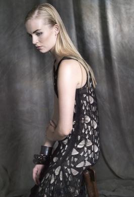 Dress: Alma Libre  www.almalibre.eu/en/