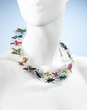 Elsa Schiaparelli, necklace, autumn 1938. Rhodoid and metal. Brooklyn Museum Costume Collection at The Metropolitan Museum of Art, Gift of the Brooklyn Museum, 2009; Gift of Arturo and Paul Peralta Ramos, 1955. Image © The Metropolitan Museum of Art