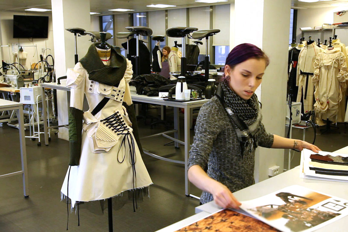 Two Cities Two Schools Fashion School Daily